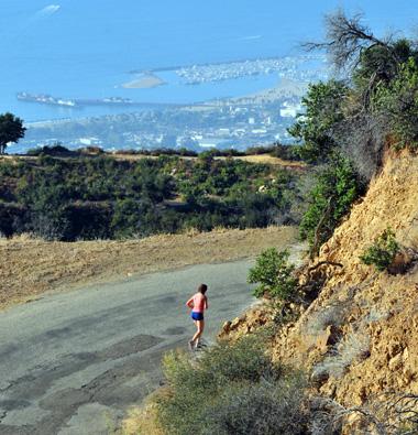 Pier to Peak Half Marathon