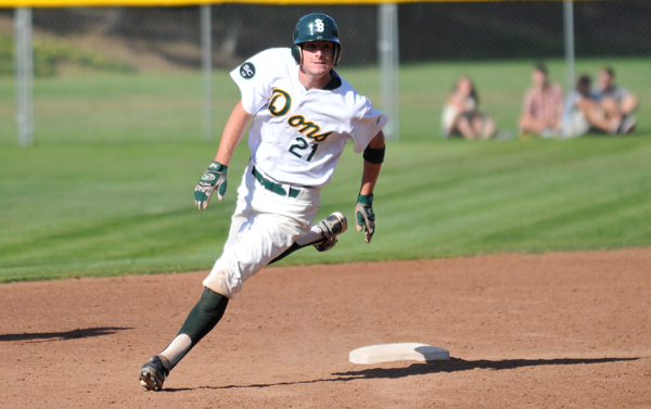 Dons baserunner Michael Day advances to third base on a double by Tyler Newman. (Presidio Sports Photo)