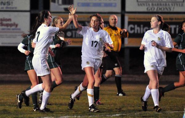 Dani Smith - Santa Barbara High Girls Soccer