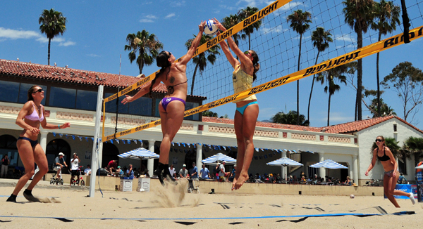 The Santa Barbara CBVA Women's Open was played in front of the East Beach Bathhouse. (Presidio Sports Photo)