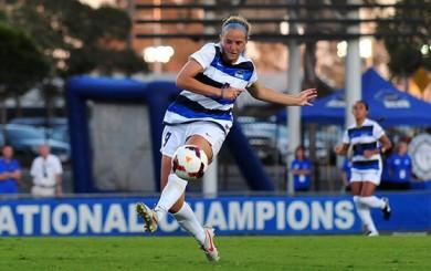 Sara Feder - UCSB Soccer