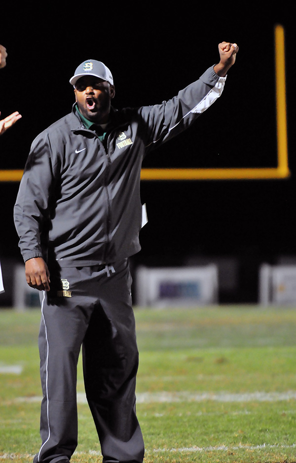 JT Stone went 4-6 in his first year as coach of the Dons.