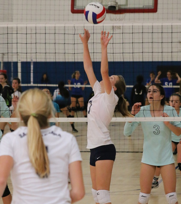 Ellie Chenoweth sets for the 14-Blue team during a recent Southern California Volleyball Association Tournament.