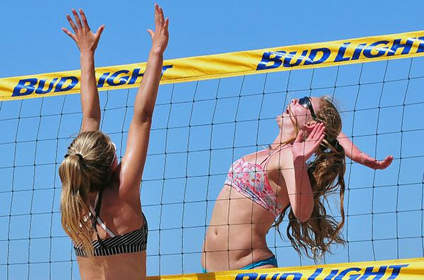 Torrey Van Winden, from Napa, partnered with cousin Katie Spieler to win the 2015 Santa Barbara CBVA Open. (Presidio Sports Photo)