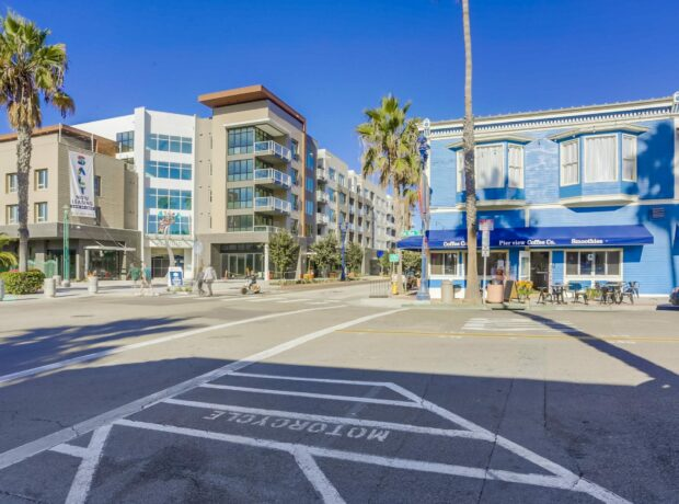 Downtown Oceanside Retail/Restaurant Investment Property