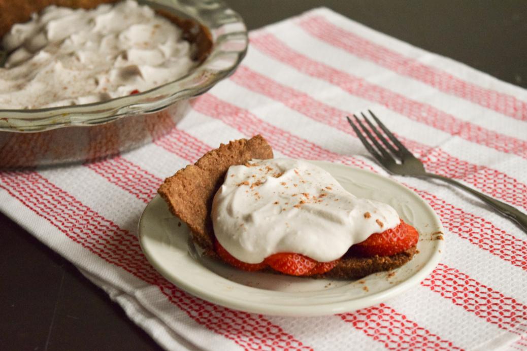 Paleo Chocolate Strawberry Pie