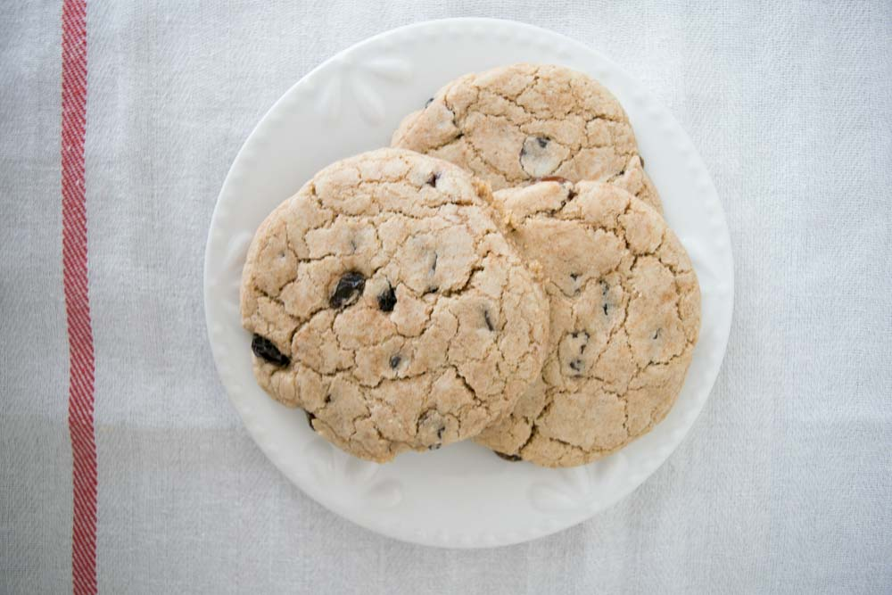 aip oatmeal raisin cookies