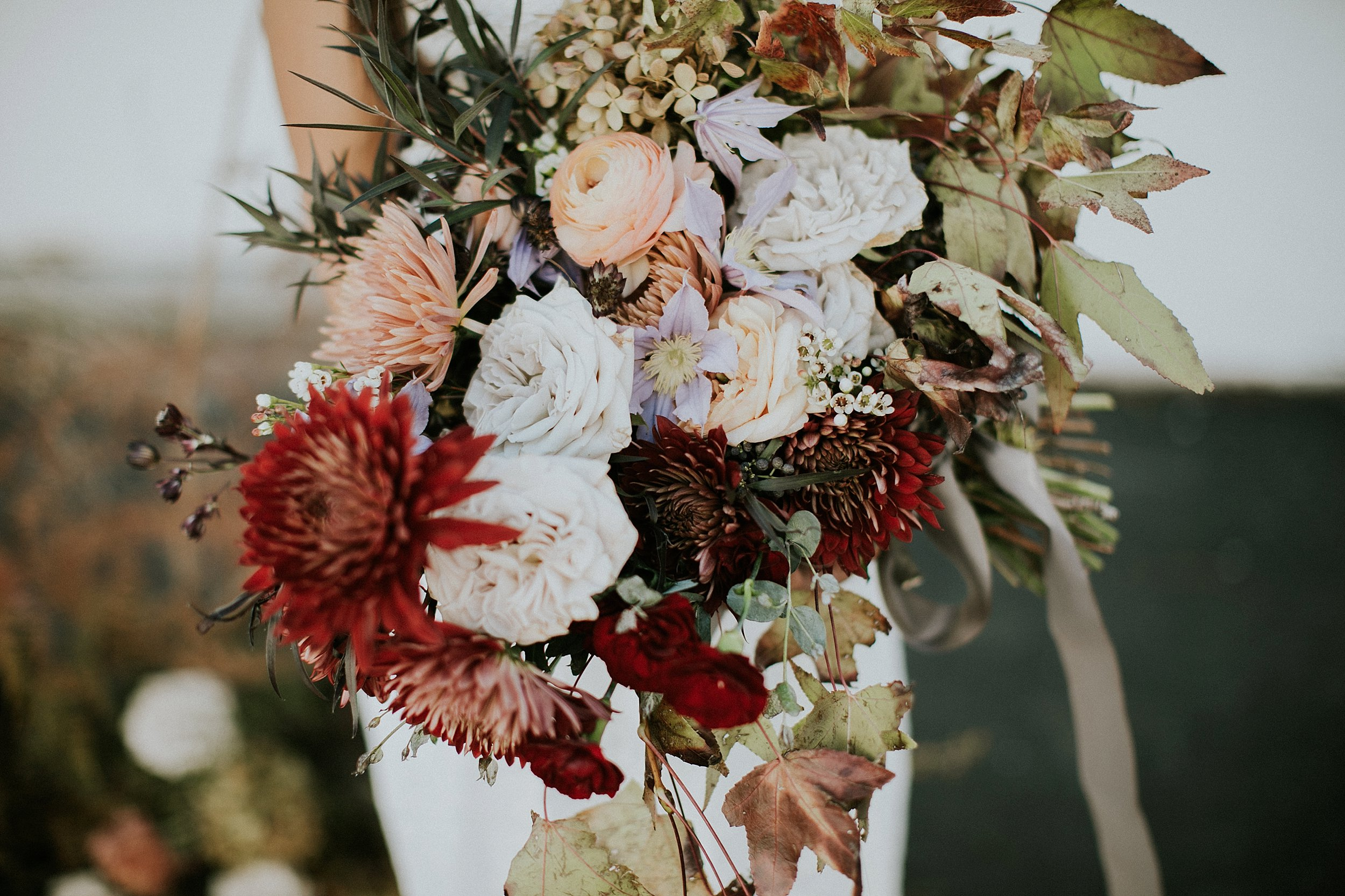 earth tones wedding bouquet