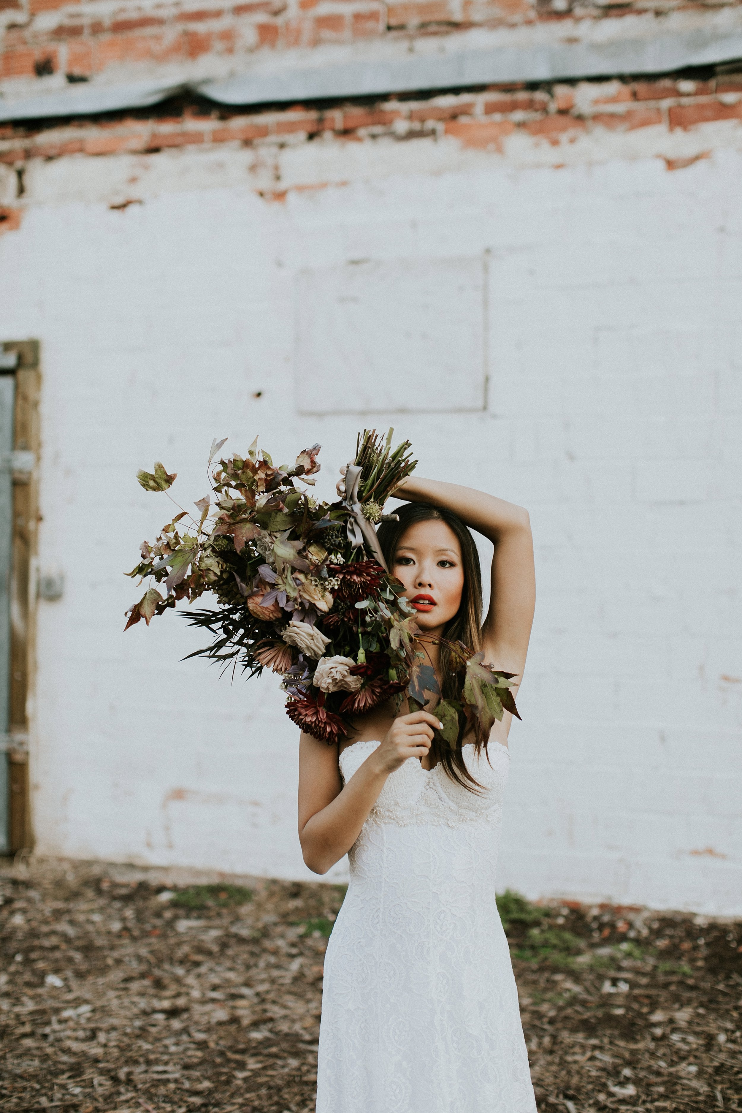 unstructured bridal bouquet