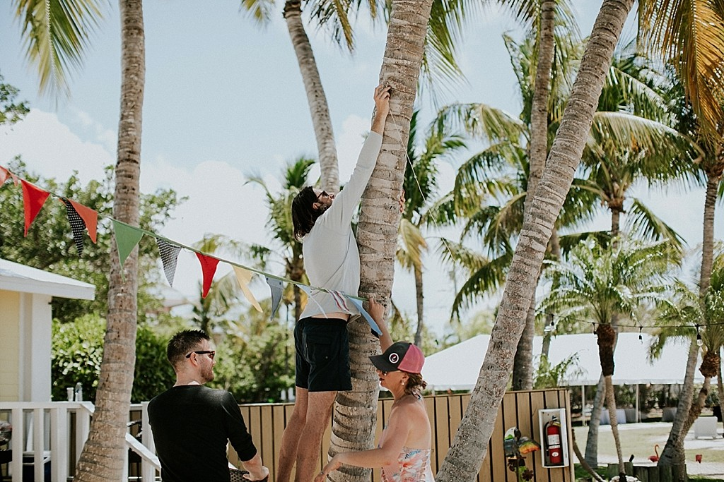 decorating for the wedding day in key largo