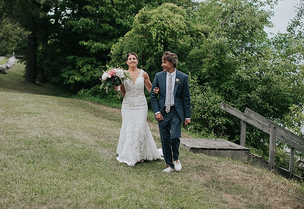 lake side elopement ceremony