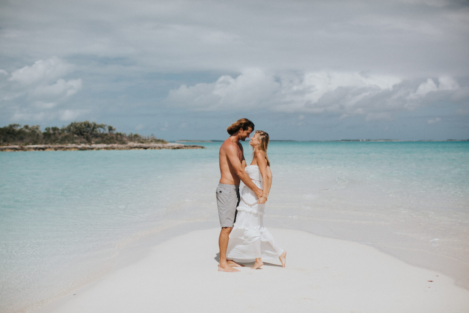bahamas engagement session