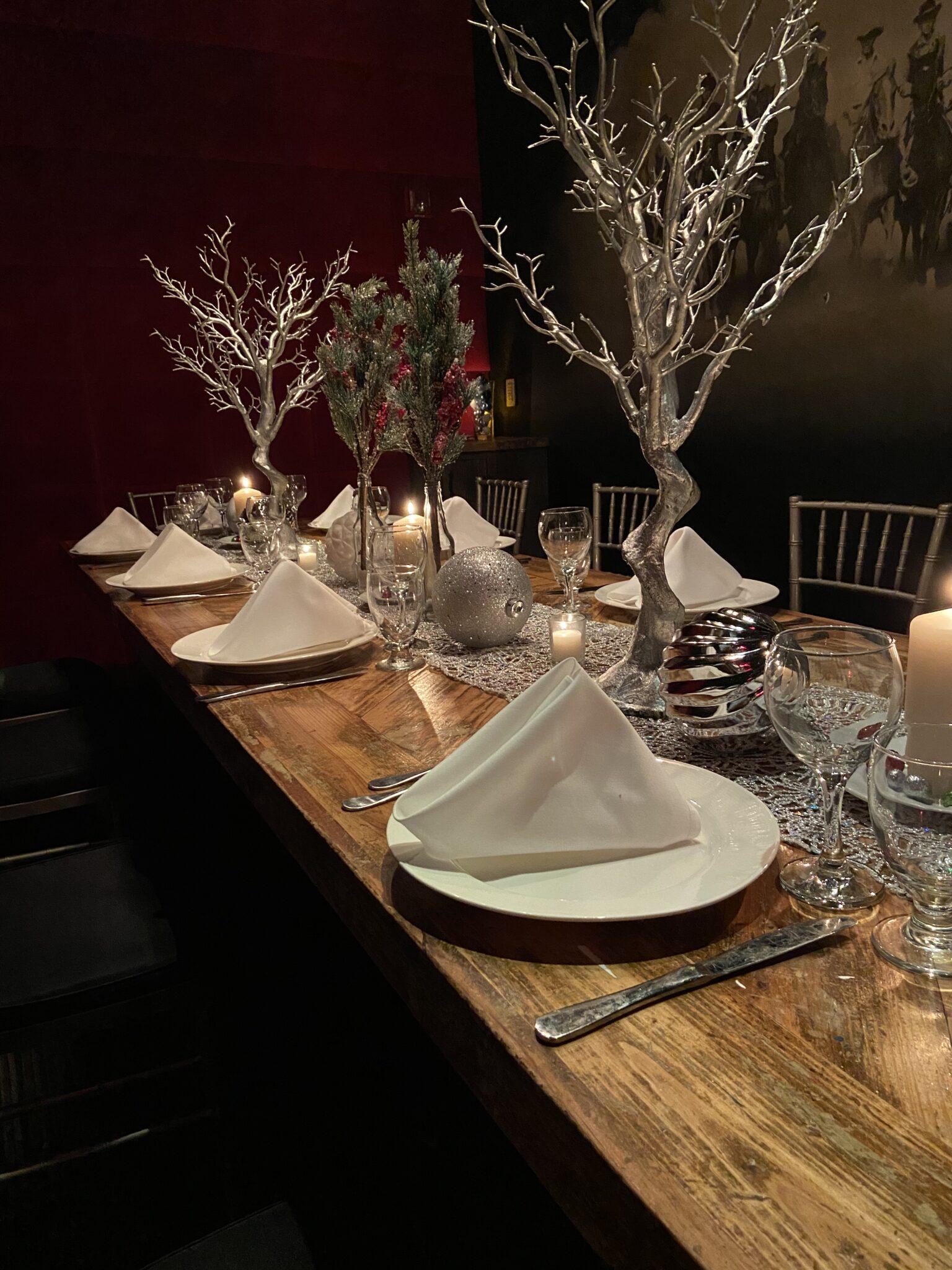 intimate holiday dinner