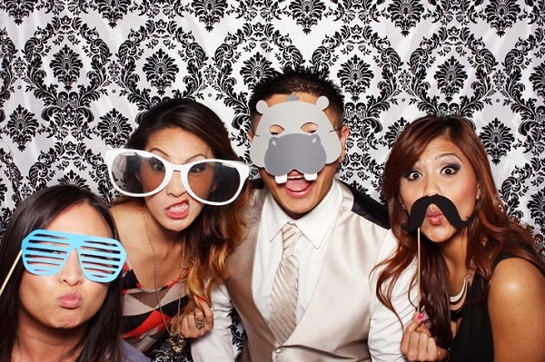 photo-booth-wedding-package-2
