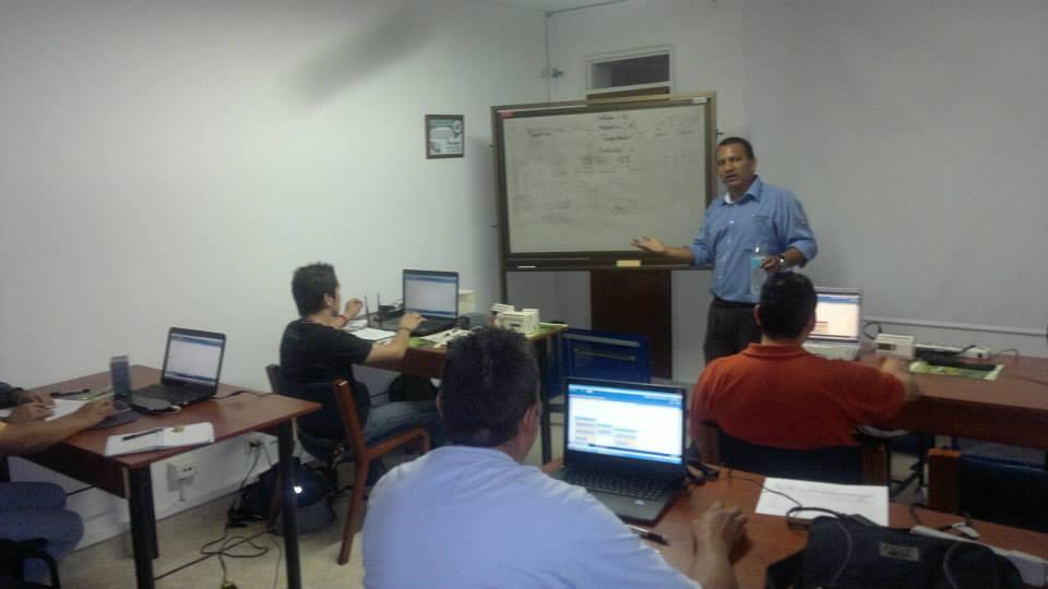Diplomado de CI-12-Andrés Hurtado