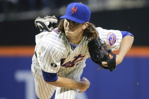 New York Mets play the New York Yankees in New York