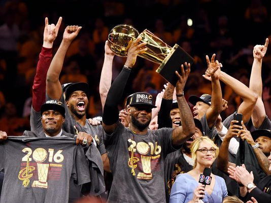 The Non-Negotiable Top Ten Sports Moments of 2016
