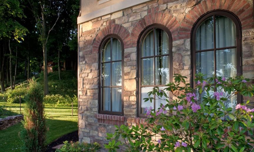 ES_Cypress-Ridge_Orchard_ext_window-detail2