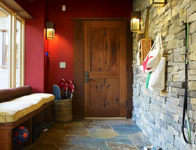 ES_Mountain-Ledge_Sierra_ext_doorway