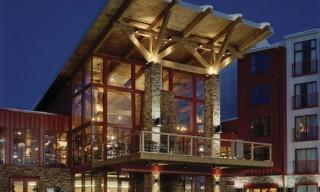 ES_Mountain-Ledge_Wisconsin-disco_ext_hotel_Bear-Creek