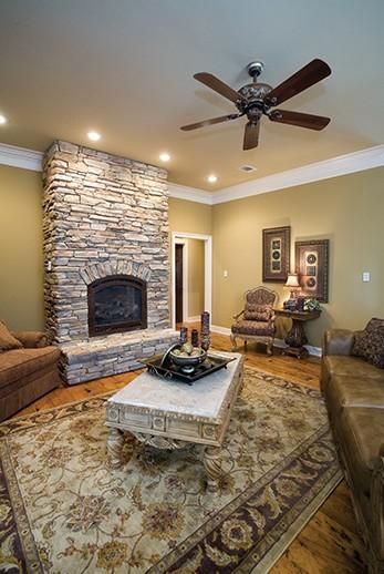 es_rustic-ledge_saratoga_interior_fireplaces