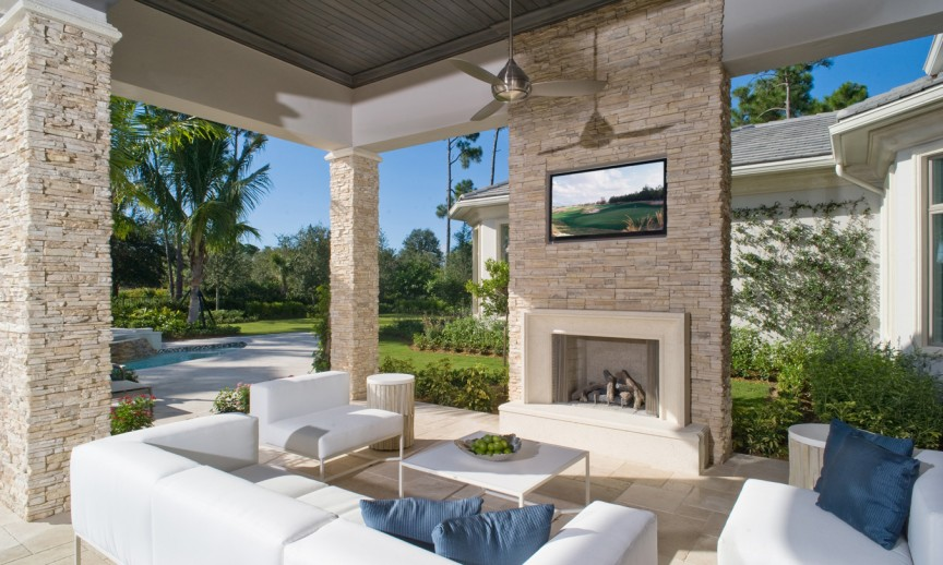 ES_Stacked-Stone_Dry-Creek_ext_Thomson-patio_off_family