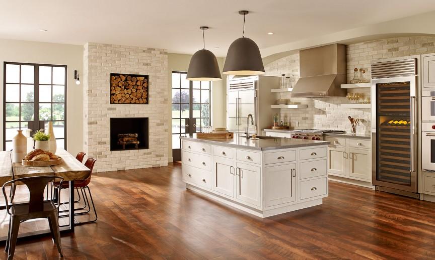 EB_Tundra_Chalkdust_int_kitchen-and-fireplace_wide