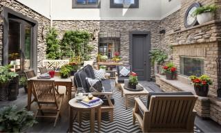 ES_Bluffstone_Prescott_ModenaBrick_Cassis_ext_DP Coastal_patio2