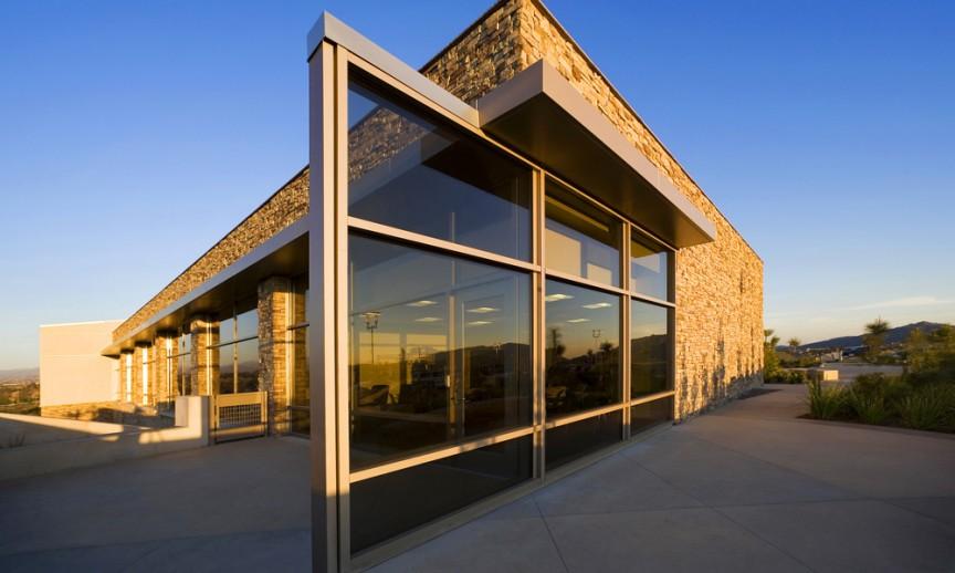 ES_Cliffstone_Manzanita_ext_DP Temecula_window wall