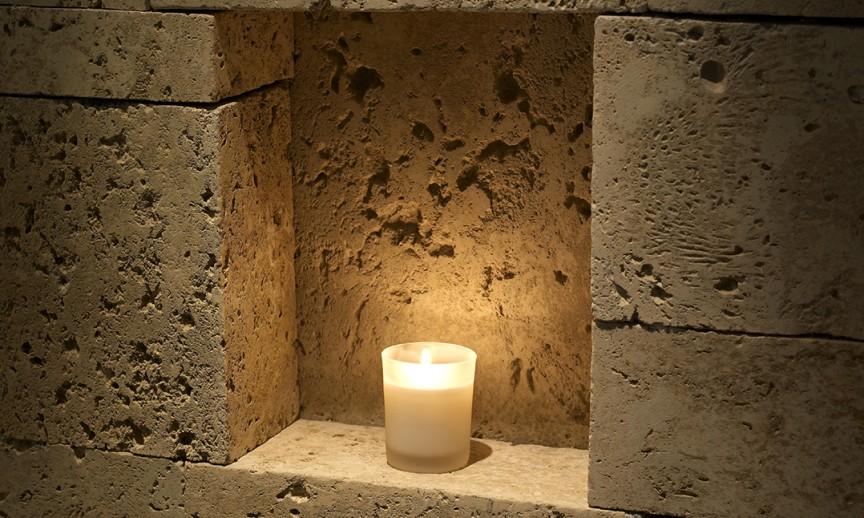 ES_CoastalReef_Sanibel_int_CandleSpa_NicheDetail_Lit-6x6
