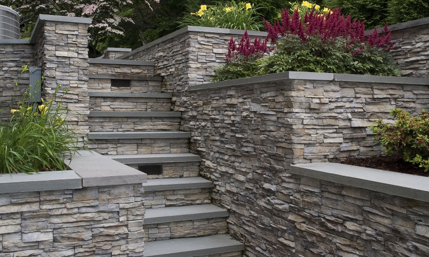 ES_Stacked Stone_Nantucket_Ext_Carr Residence_stairs
