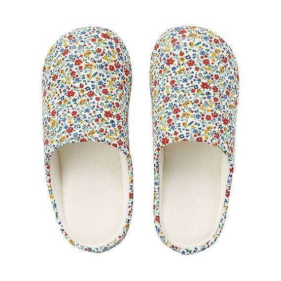 Happy Feet, Footwear, Shoes, Summer, UniQlo, Liberty for London for UniQlo Room Shoes, Red, Floral, Flowers, Room Shoes, Slippers Womens, Blog A Book Etc, Fay
