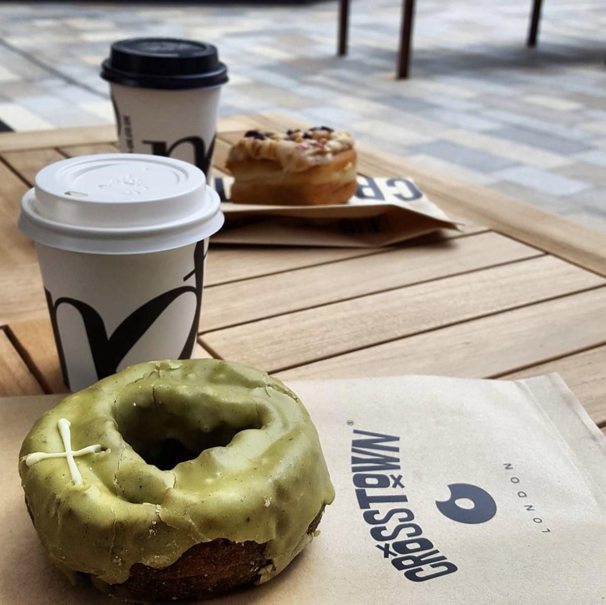 Doughnuts, Donuts, Food, Treats, Foodie, Foodgasm, Coffee, Time for Coffee, Coffee Time, Notes Coffee, Crosstown Doughnuts, London, Blog A Book Etc, Fay, Fit or Fat