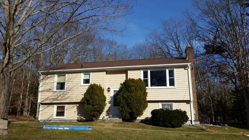 new vinyl siding installed in south county ri
