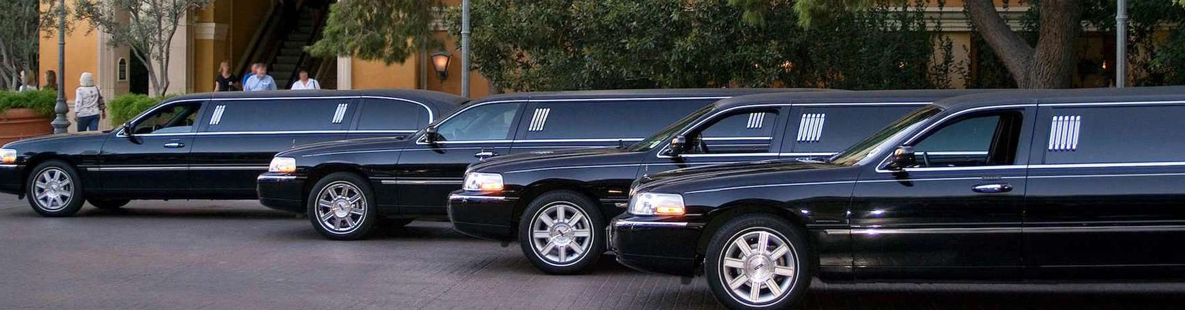 Tips on Renting Limousine for Your Wedding Day