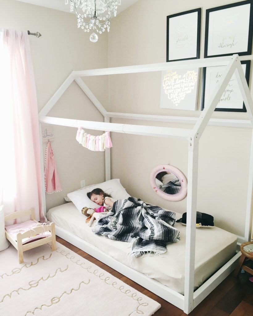 Montessori Floor Toddler bed | DIY house frame floor bed