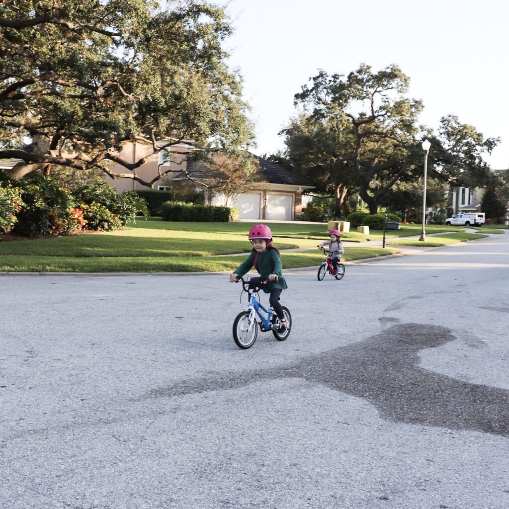 how to ride a bike, tips for teaching how to ride a bike, without training wheels, how to teach child to ride a bike, best way to learn how to ride a bike