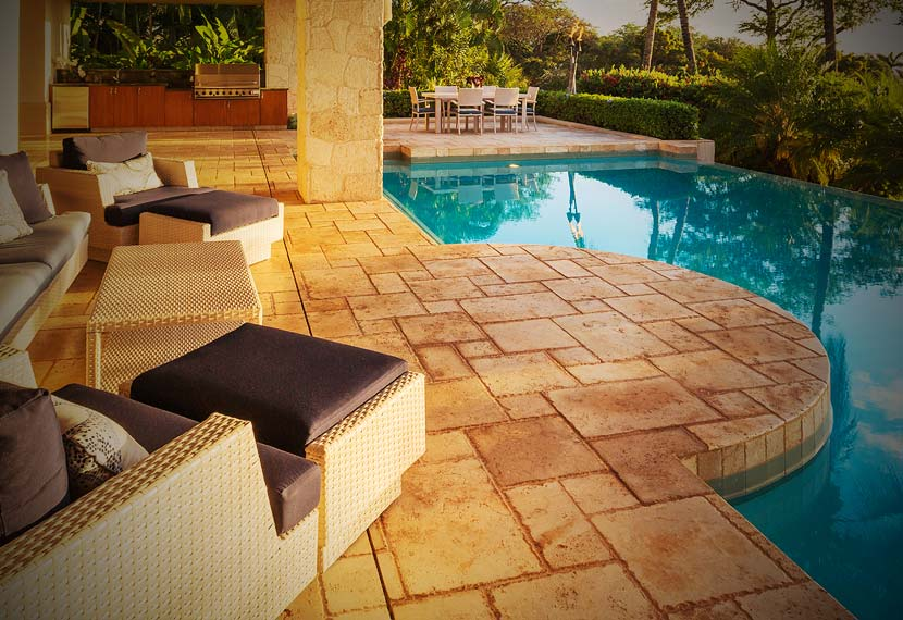 New Braunfels-San Antonio-Austin TX Concrete Driveway Patio Pressure Washing