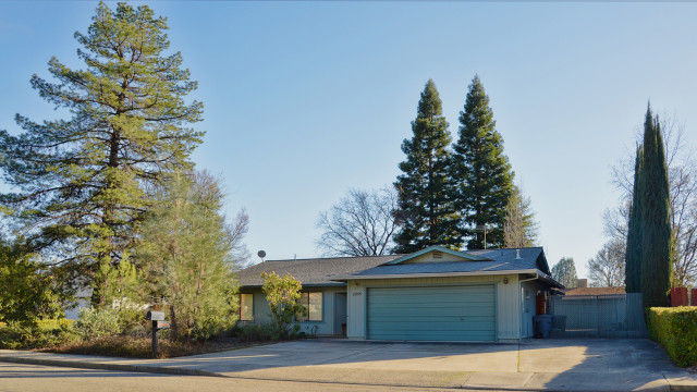 We received multiple offers in 2015 on this Lake Redding Estates home, and after a bidding war it sold for well over the asking price!