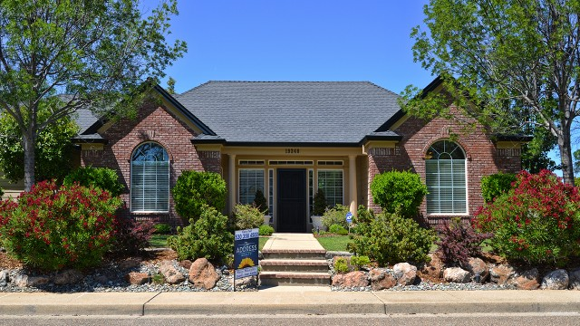 Sold this stylish Redding home in 2014. The seller tried to sell this home themselves for a while, but when they listed with us, we found a full price buyer in less than a week!