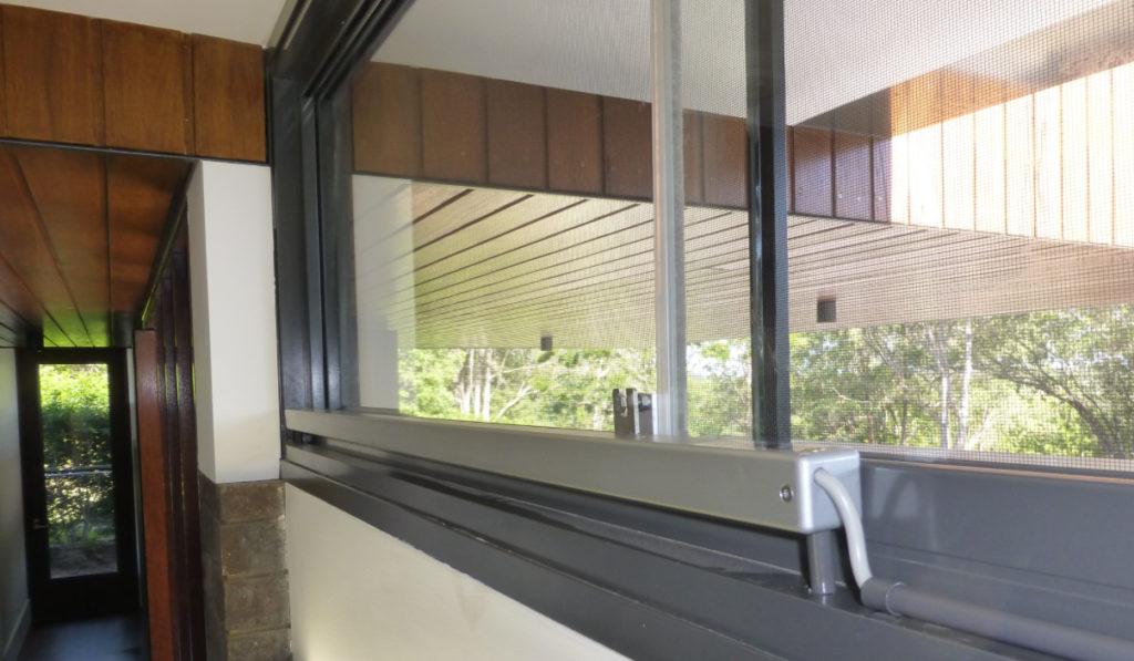 Linco Smoke Ventilation sliding door