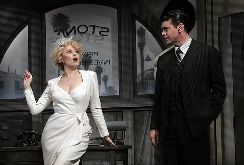 Laura Kingsley (Liz Pearce) and Stone (Burke Moses) in City of Angels at Goodpseed Opera House