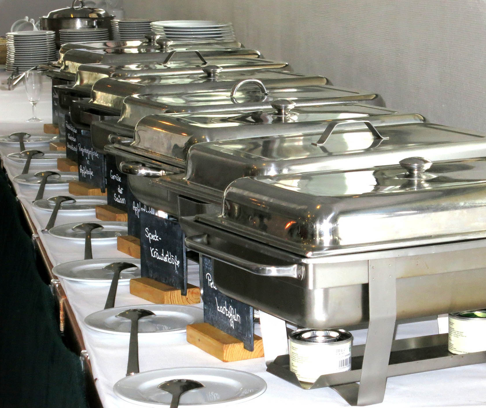 Full Service Buffet