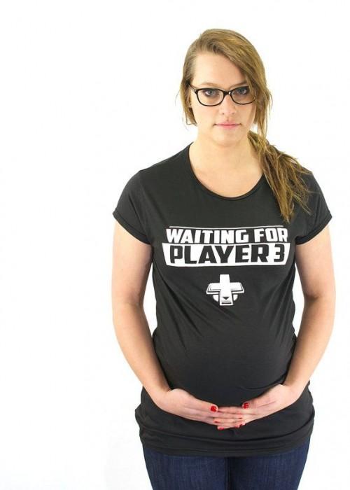 Waiting on Player 3 geek Maternity T-Shirt