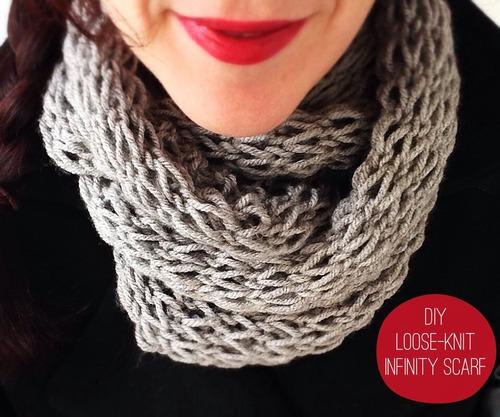 DIY Loose Knit Infinity Scarf DeviseCreateConcoct
