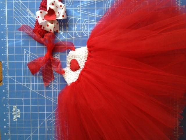 How_to_Make_a_Tutu_Dress_for_$10