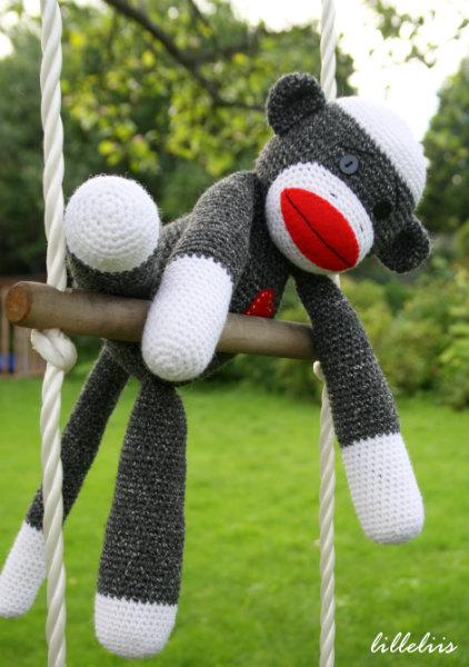 sock-monkey-free-pattern-3