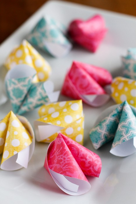 How-To-Make-Paper-Fortune-Cookies