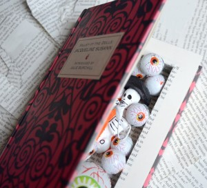 creative-ideas-using-books-hollow-book-project-stash-book-upcycling-diy-300x272