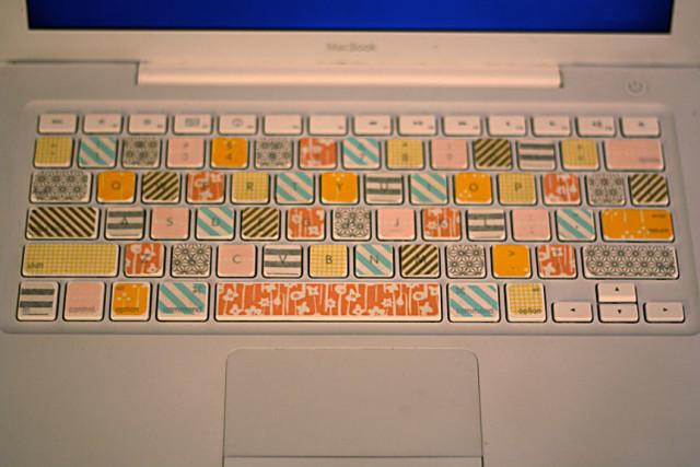 1-16-12-washi-tape-keyboard-2